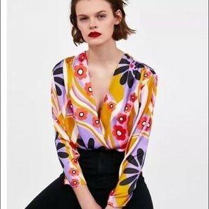 NWOT Zara Long sleeve floral deep V-neck bodysuit